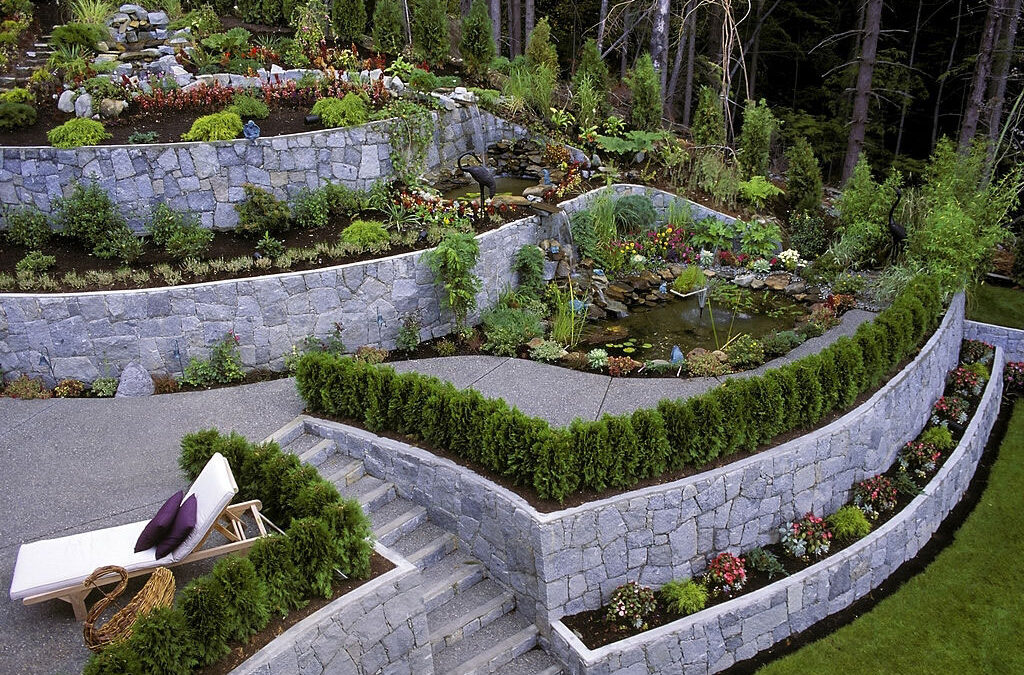 How Are Retaining Walls Constructed?